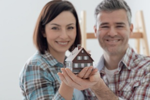 Couple with Home Insurance