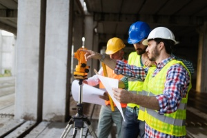 construction workers who have contractors insurance for protection