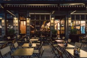 restaurant that has restaurant insurance for protection risks