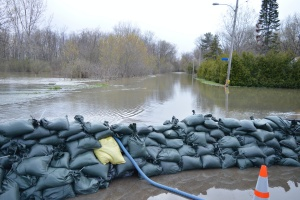 a area that has been flooded and needs commercial flood insurance